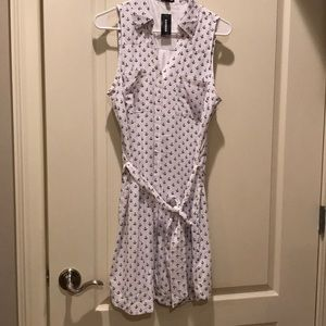 Summer dress in white front Buttoned.